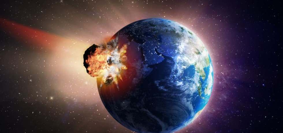 Large Comet Headed to Earth