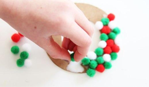 pom-pom-ornament