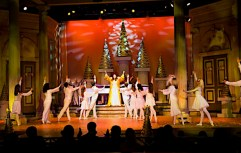 Christmas Town, November 23, 2010 ©2010 SeaWorld Parks & Entertainment
