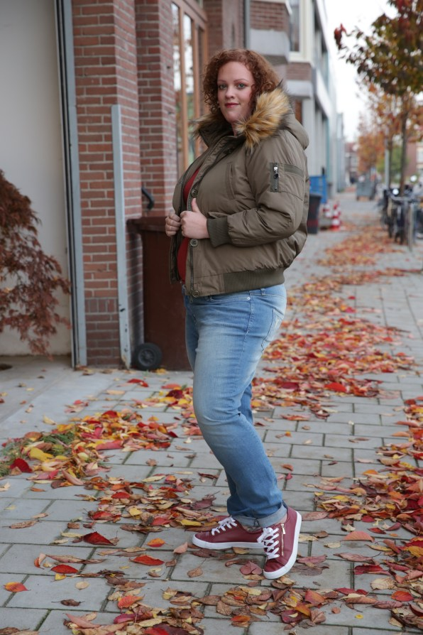 plus size faux fur bomber jacket by Loverdrobe and plus size girlfriend fit jeans by h1m+