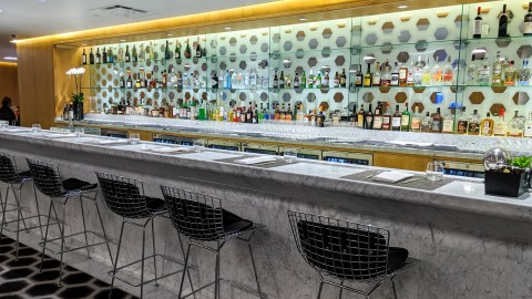 Review: Qantas First-Class Lounge at LAX