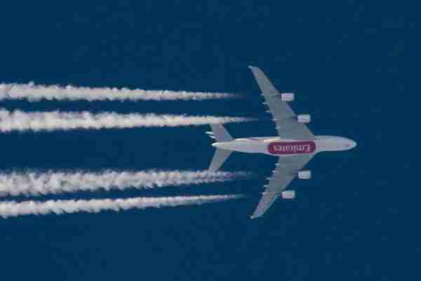 An Emirates Airbus A380 airliner is overflying Greece in the blue sky at fl39 or 39.000 feet, flying from Rome Fiumicino Airport Leonardo da Vinci in Italy to Dubai International DXB airport, UAE. Aircraft registration is A6-EDQ. Thessaloniki, Greece - 14 September 2018 (Photo by Nicolas Economou/NurPhoto via Getty Images)