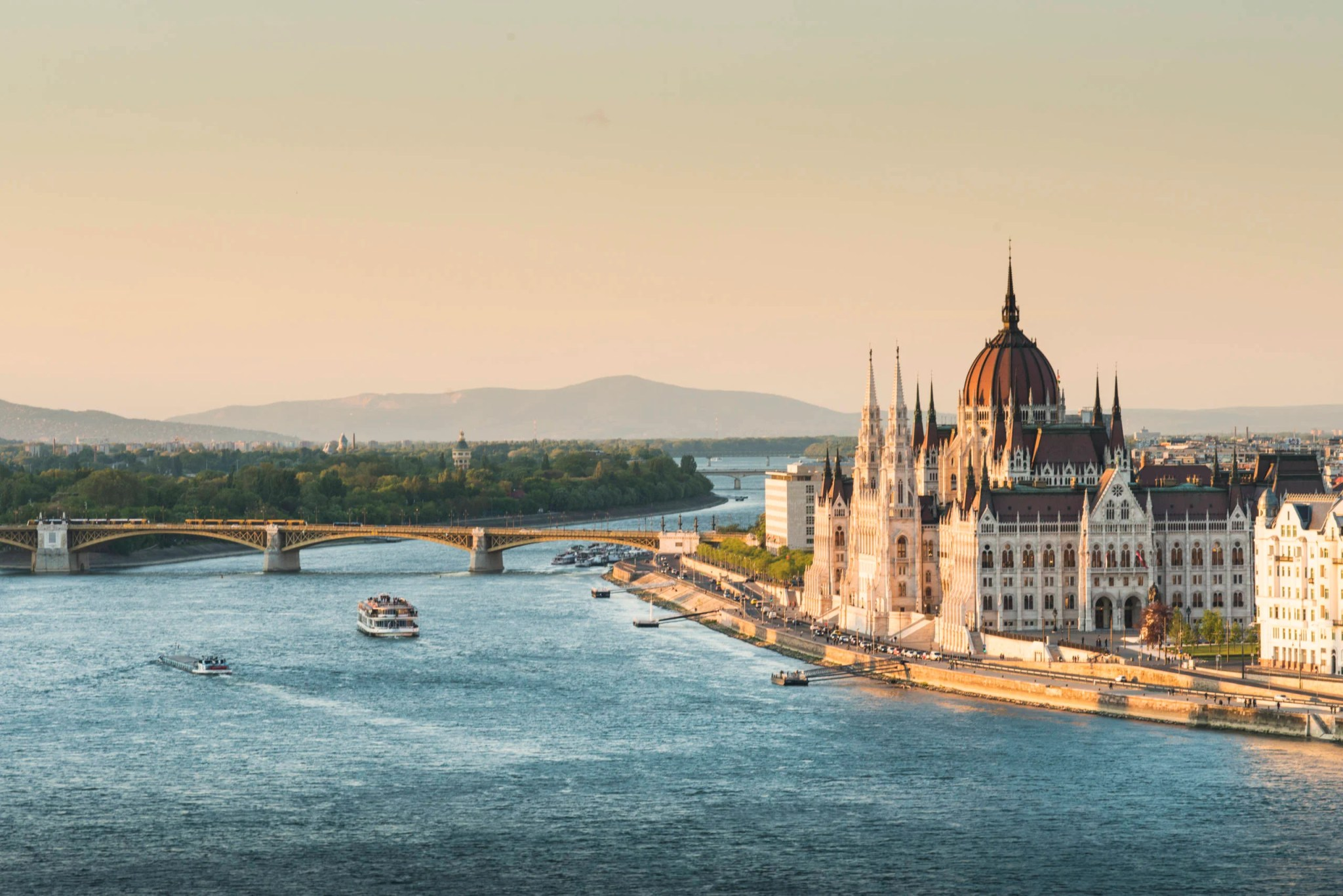 UK cities to Budapest from £20 return