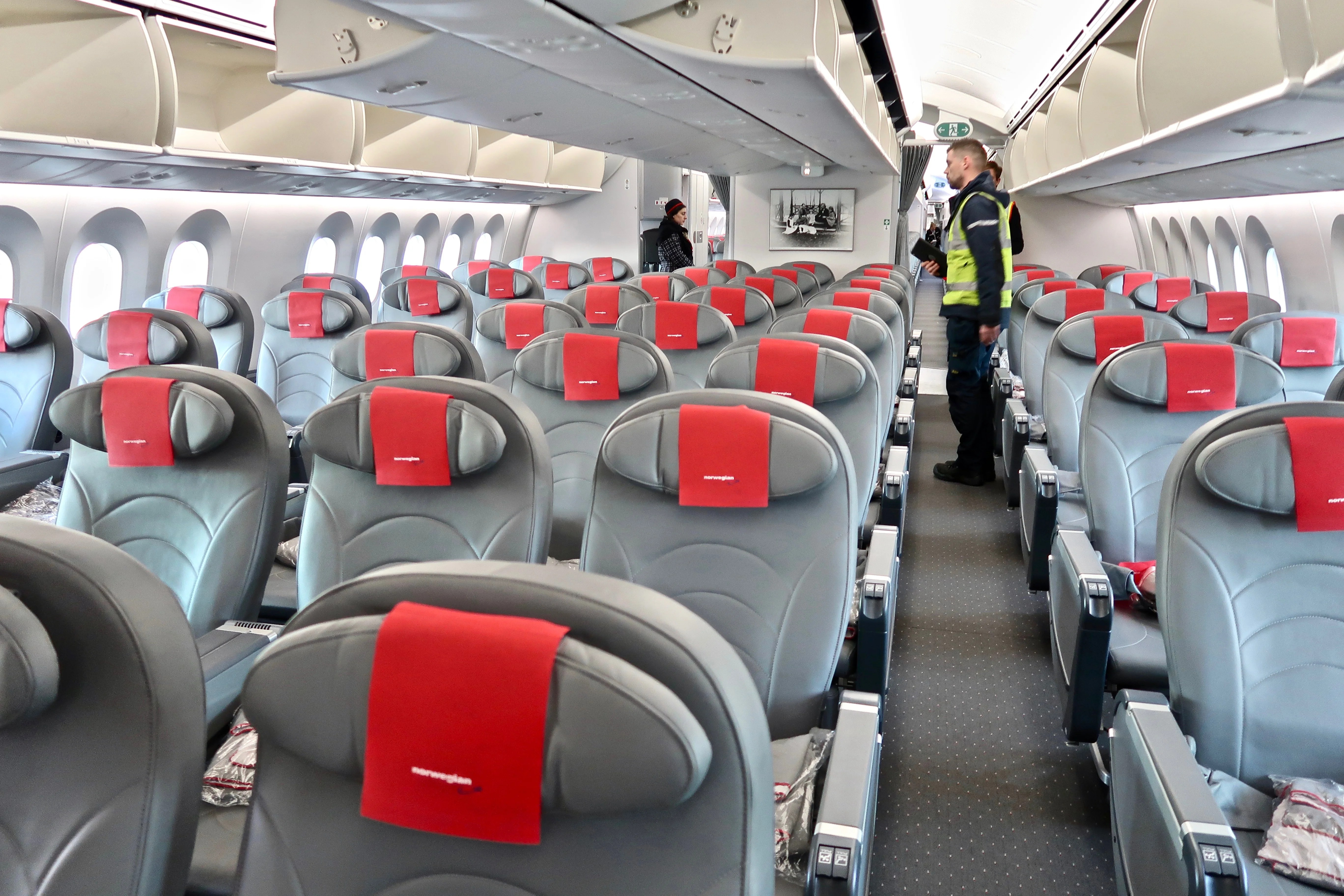 How to bid for a cheap upgrade on Norwegian