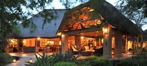 The main lodge patio at Savanna.