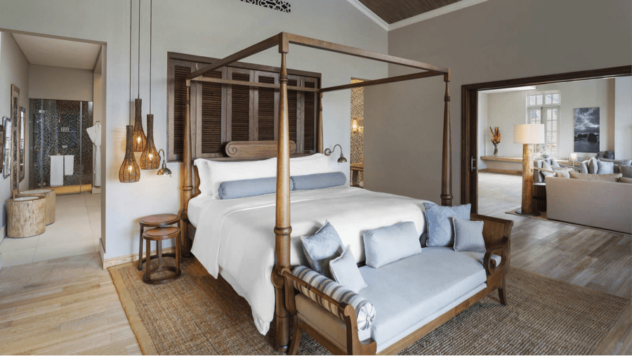 Simple The four poster bed in the Manor House Suite at the St Regis Mauritius