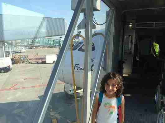 Boarding the Dreamliner. Gotta love the glass jetway!