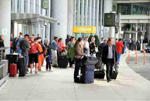 Airport pickup areas can be crowded, but there is no reason why you can
