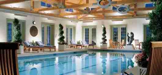 Spa pool at the Equinox