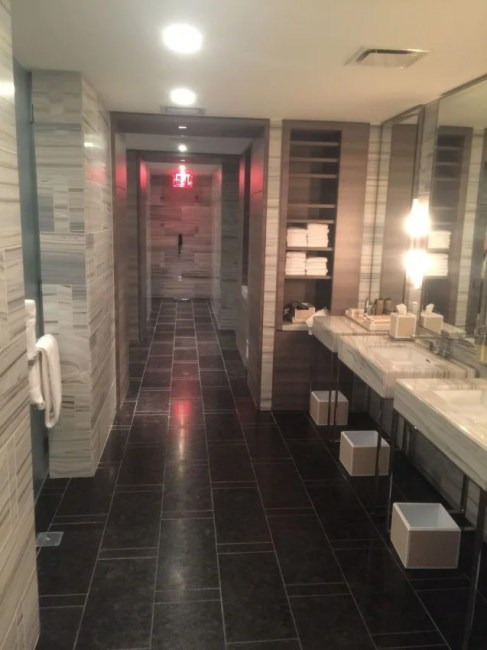 Park Hyatt New York Locker Room