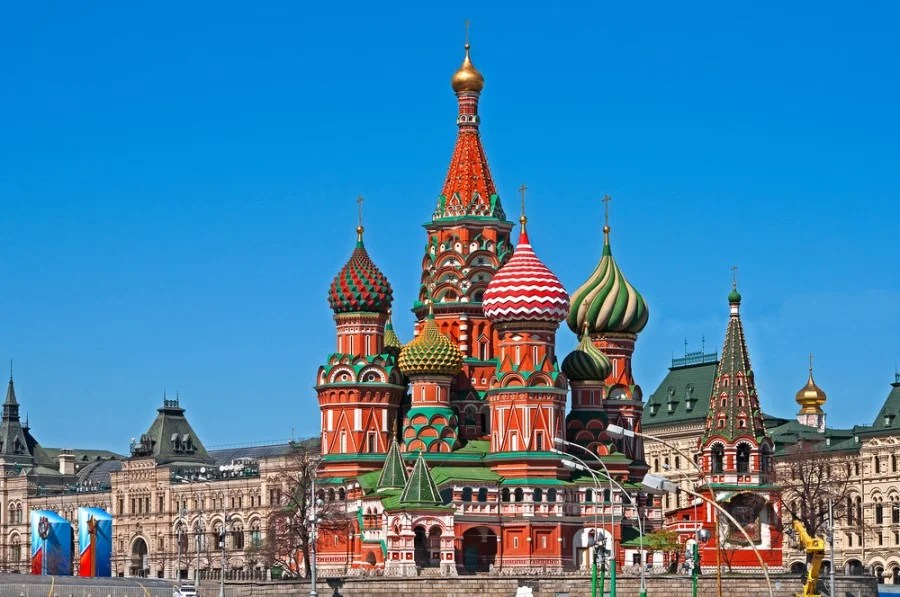 Amazing Deal Alert: Round-trip to Moscow $314, Istanbul $408