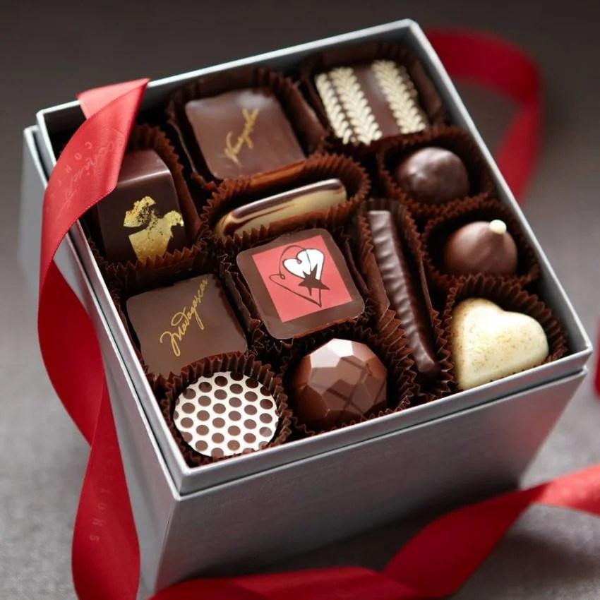 картинки с открытыми коробками конфет