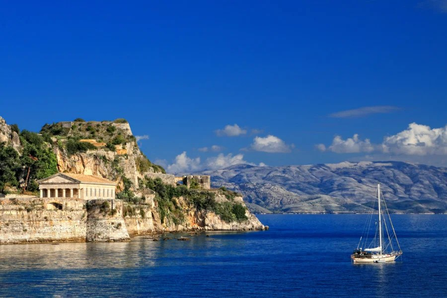 Earn Delta SkyMiles Flying to the Greek Isles Via New Sky Express Partnership