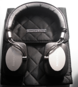 Hilton Lifetime Diamond headphones