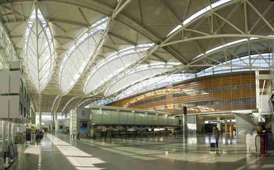 Welcome to the San Francisco International Airport (Photo courtesy of Shutterstock)