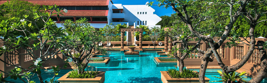 Planning a long hotel stay? Focus on low-level properties, like the Le Meridien Angkor, to maximize free nights.