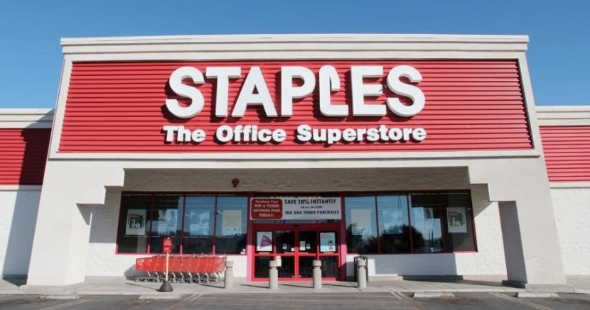 Staples gives you 5x Ultimate Rewards points on the Chase Ink Plus, but do you value stopovers & open jaws more?