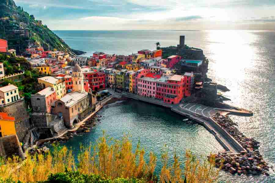 A beautiful view of Vernazza on the Liturgian Coast. Photo courtesy of Shutterstock.
