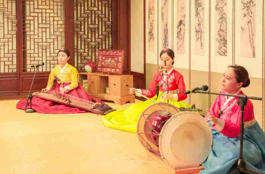 Traditional Korean music often greets visitors to Seoul