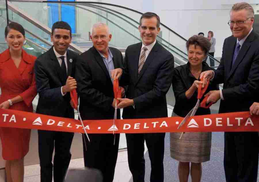 Los Angeles Mayor Eric Garcetti (center) was on hand for the ribbon-cutting ceremony for LAX
