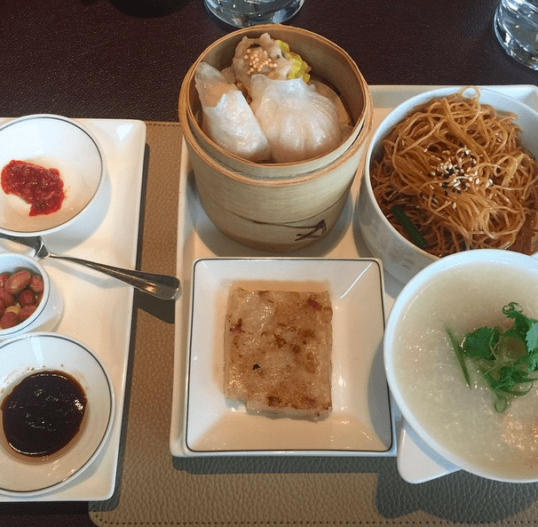 upper-house-hong-kong-dining