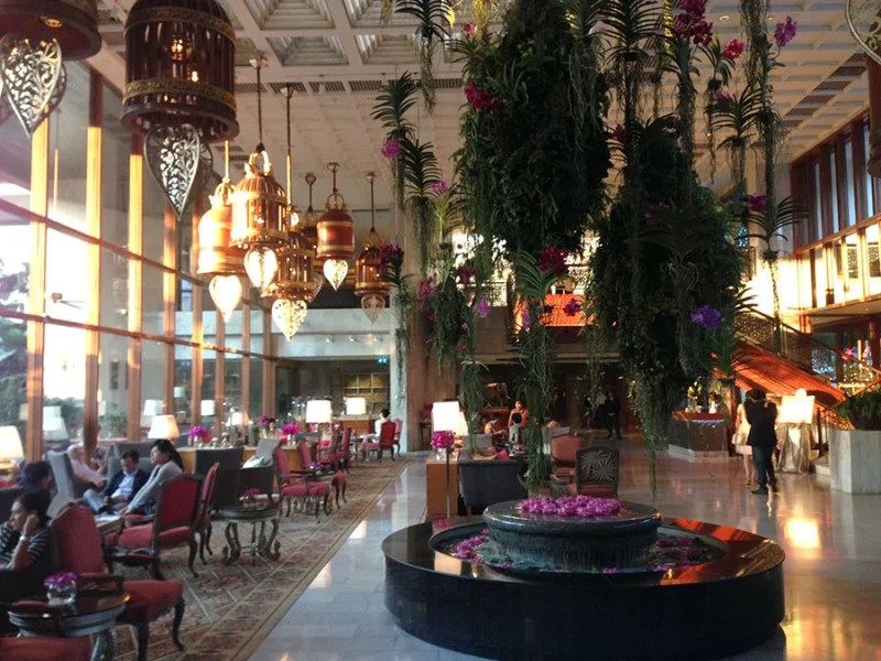 The very picturesque lobby.