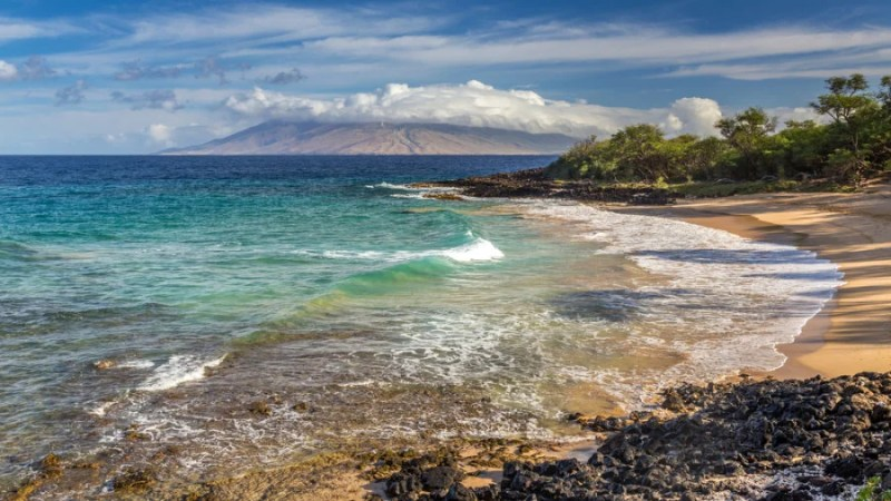 Little Beach at Makena, Maui. Photo courtesy of Shutterstock.