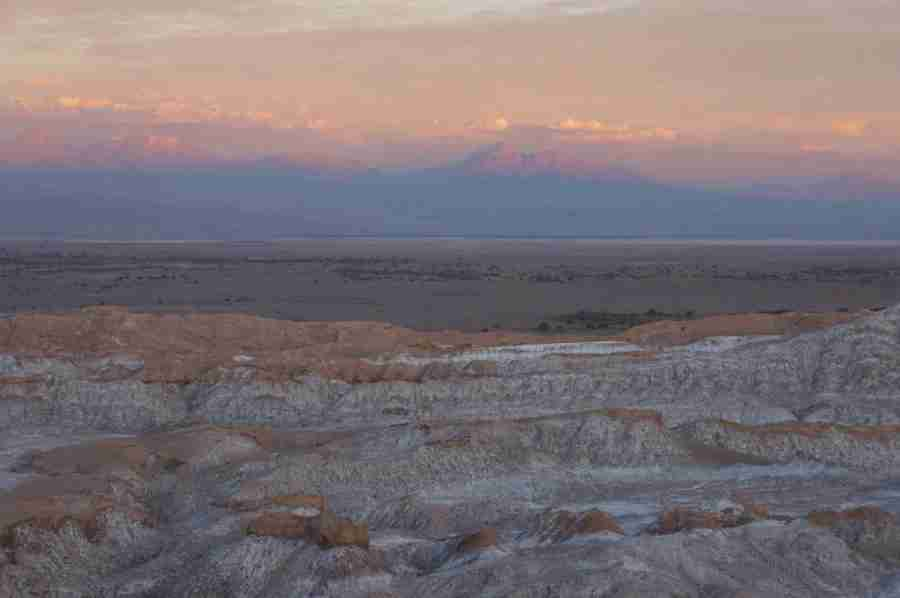 The golden-pink sunset over the Valle de la Luna attracts gentle crowds of sundowners.