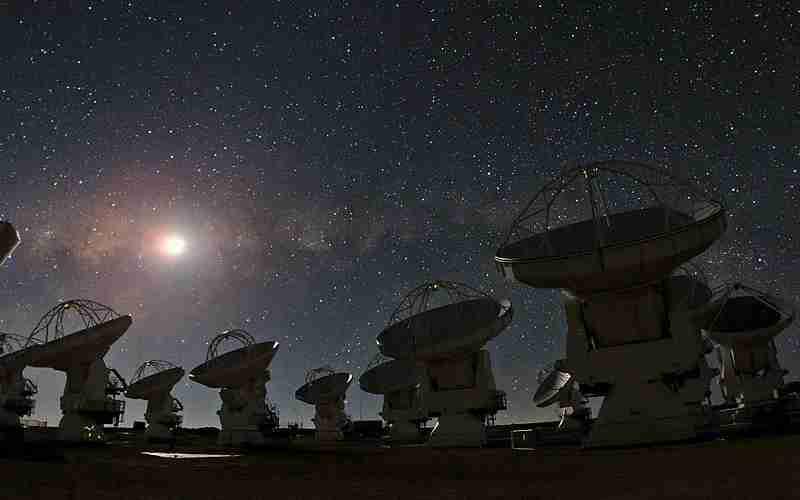 ALMA Observatory on a typically starry Atacama Desert night. Photo courtesy of Wikipedia.