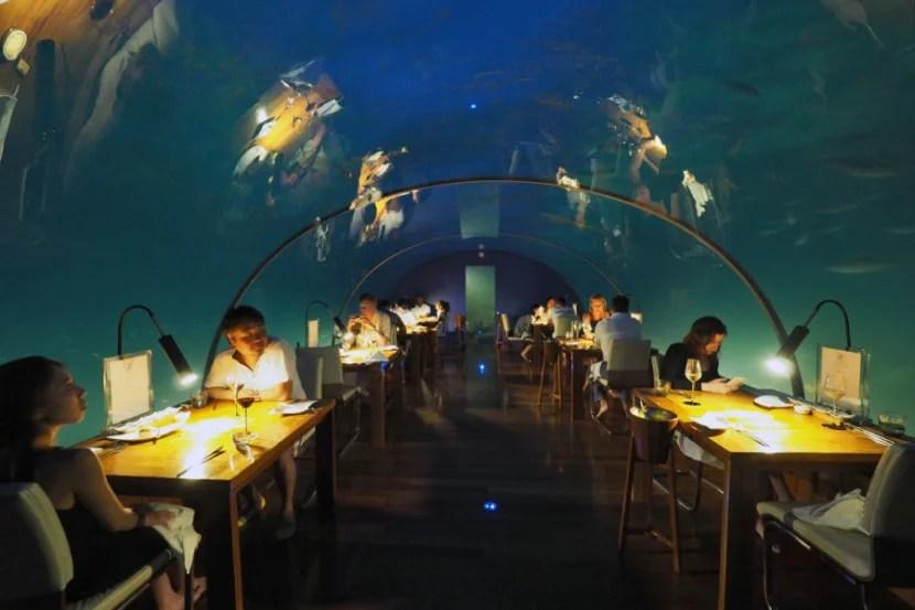 Ithaa Underwater Restaurant - Night