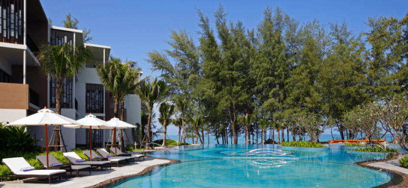 The beautiful infinity pool at the Holiday Inn Phuket Mai Khao Resort.