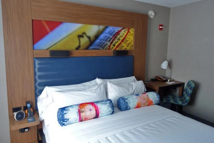 A brand-new Aloft bed.