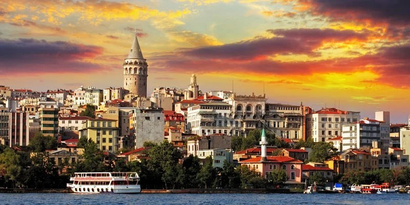Visit Istanbul and stay at The Wyndham Grand Istanbul Levent for cash or points, but not cash + points.