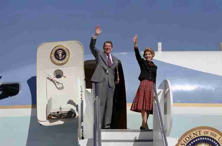 President Reagan and Nancy Reagan wave from Air Force in 1981. Photo courtesy: Reagan Foundation.