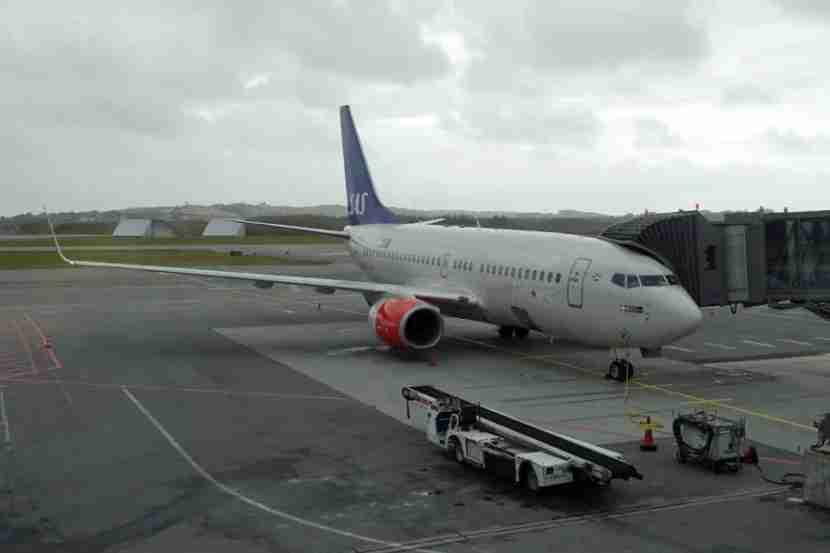 SAS 737