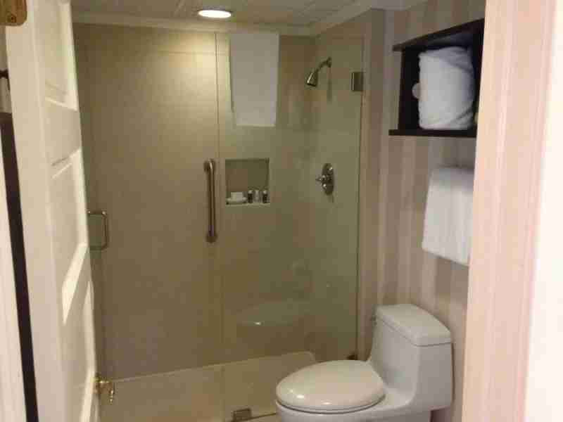 Equinox bathroom