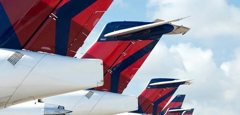 Choosing the Best Credit Card for Delta Flyers