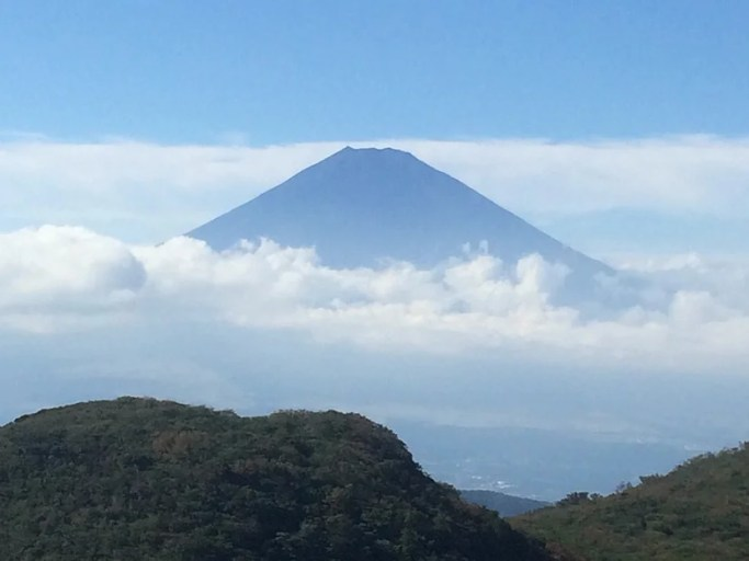 Mount Fuji looks spectacular in the fall.