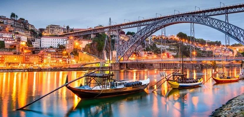 Cheap Flights from Bordeaux to Porto