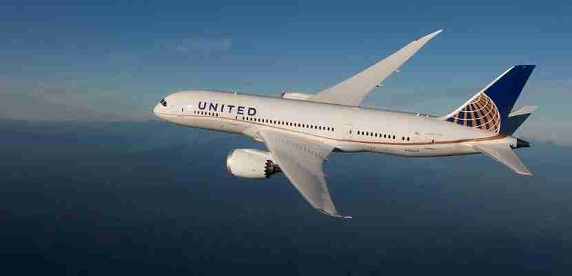 United is expanding its Dreamliner service.
