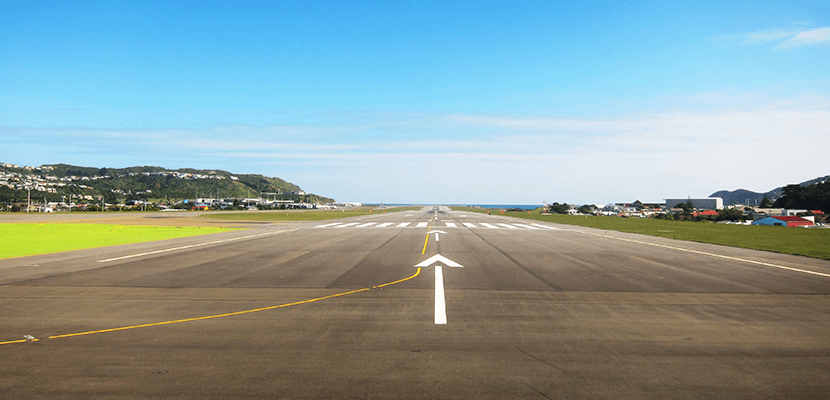 The short runway at WLG means wide bodies aren't flown to Wellington. Image by the author.