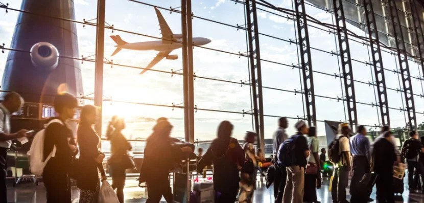 10 Essential Apps to Help You Survive Holiday Travel