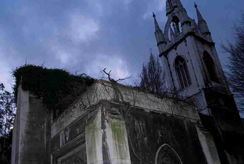 St. Dunstan-in-the-East. Image courtesy of Kofi Lee-Berman.