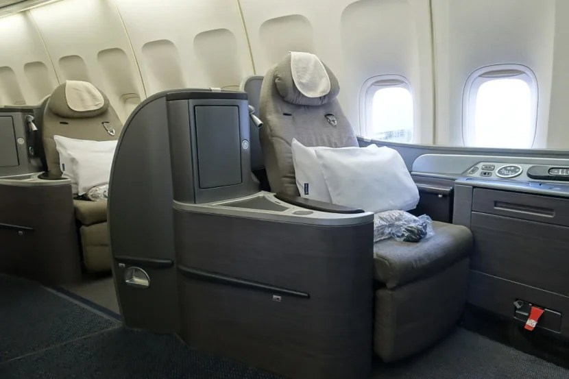 I got a free upgrade to United's first-class cabin (on a 747 domestic flight) thanks to my 1K status.