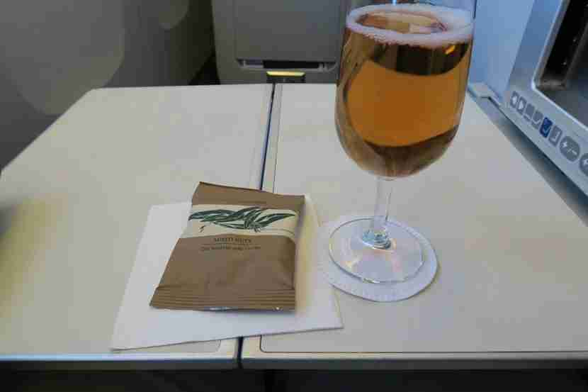 A bag of mixed nuts were served with drinks once we reached cruising altitude.