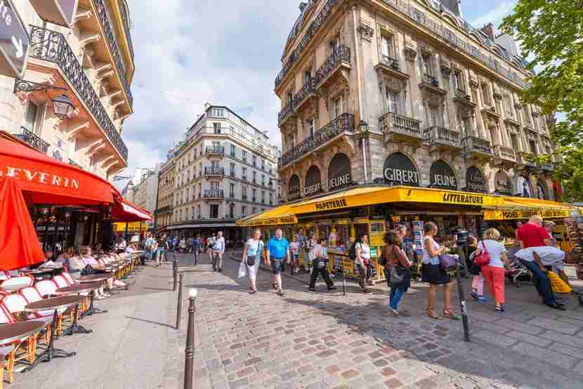 Stay at a points hotel just a 10-minute walk from the vibrant Latin Quarter neighborhood of Paris. Image courtesy of Shutterstock.