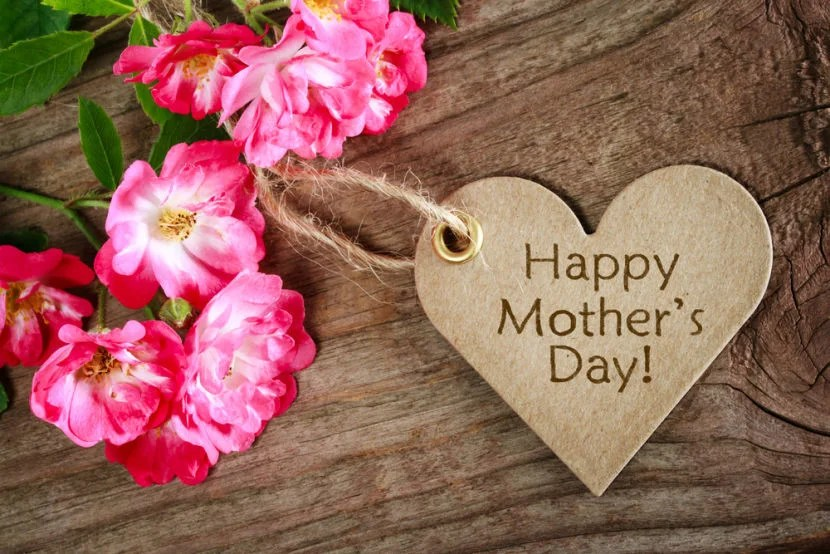 Get your Mother's Day gifts through a shopping portal. Photo courtesy of Shutterstock.