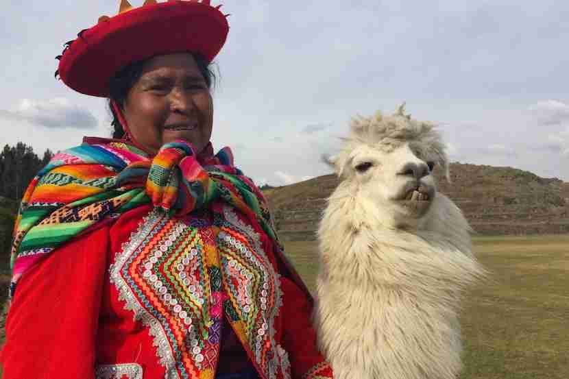 A local woman and her llama at Sacsayhuaman.