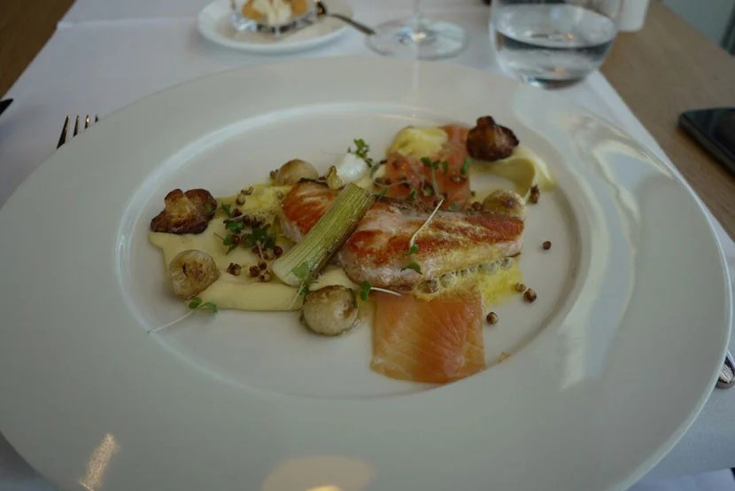 Food in Swiss First Lounge