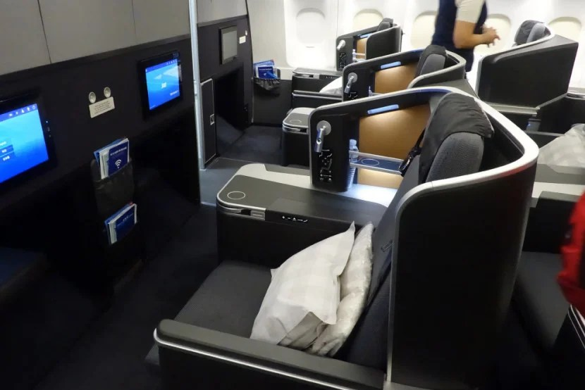 Review SAS A330 Lie Flat Business Class From EWR To Oslo